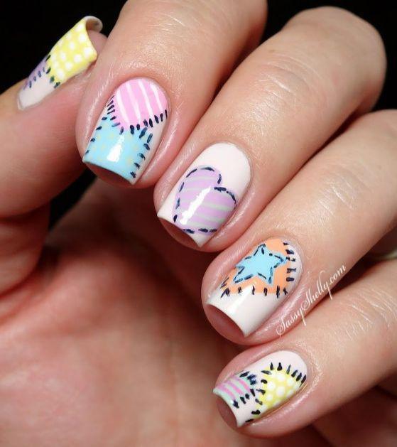 uñas con formas y colores