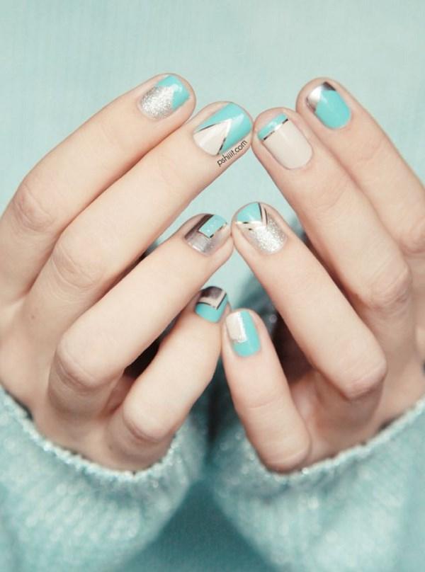 arreglo de uñas cafe y azul