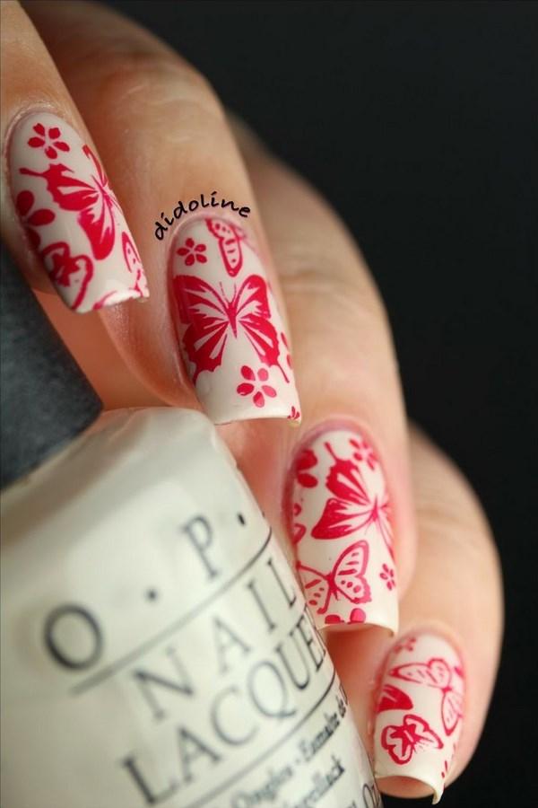 uñas acrilicas con mariposas