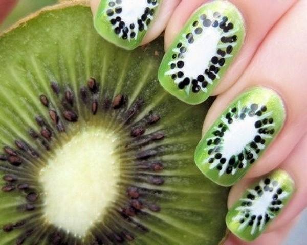 uñas de kiwi