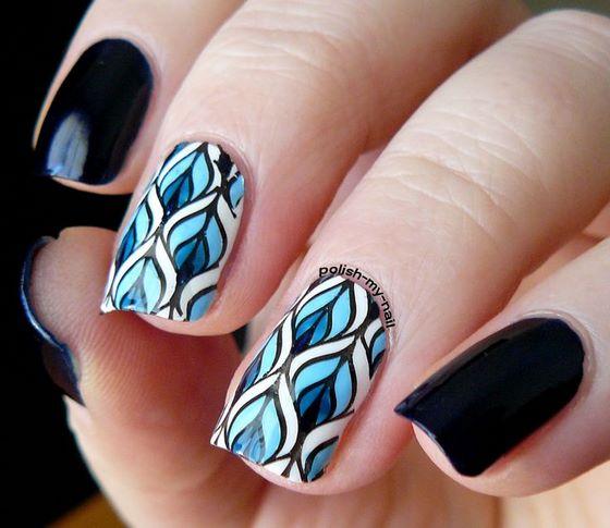 bonitas uñas diseño estampado