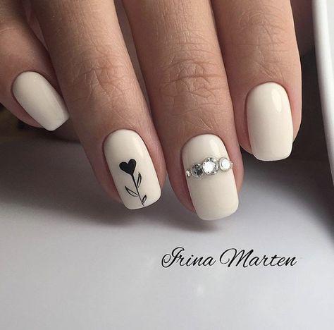 Uñas Mate Color Blanco (2)