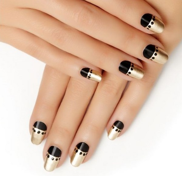 uñas metalizadas negro y dorado