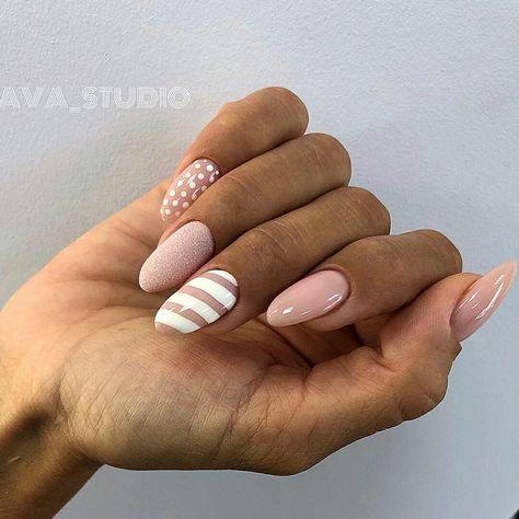 Uñas Rosa Decoradas Con Blanco (4)