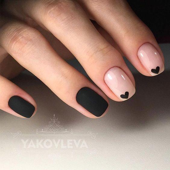 Uñas Rosadas Con Negro (7)