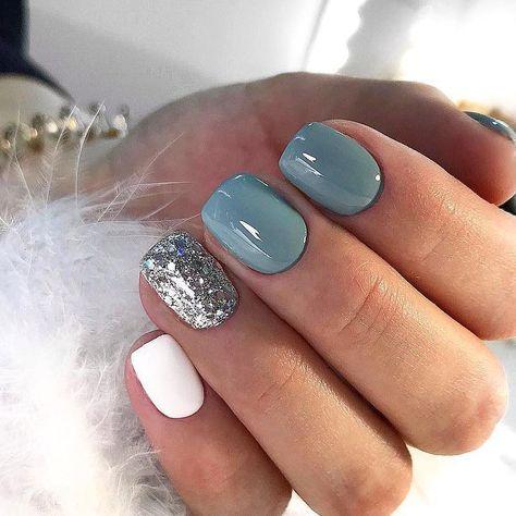 Uñas Plata Con Azul (1)