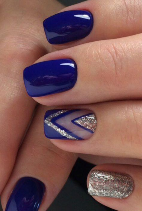 Uñas Plata Con Azul (4)